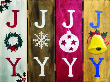 Wooden Sign Painting on 12/04 at Muse Paintbar Port Jefferson